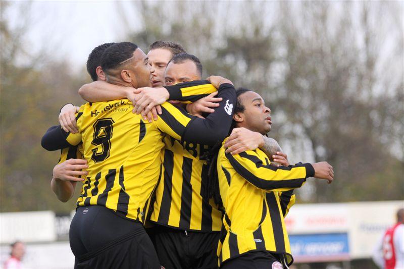 RBB AJAX 3-1 Rijnsburg kan eindelijk weer scoren vreugde na de 1-0 van Raily Ignatio Foto Hans Heemskerk